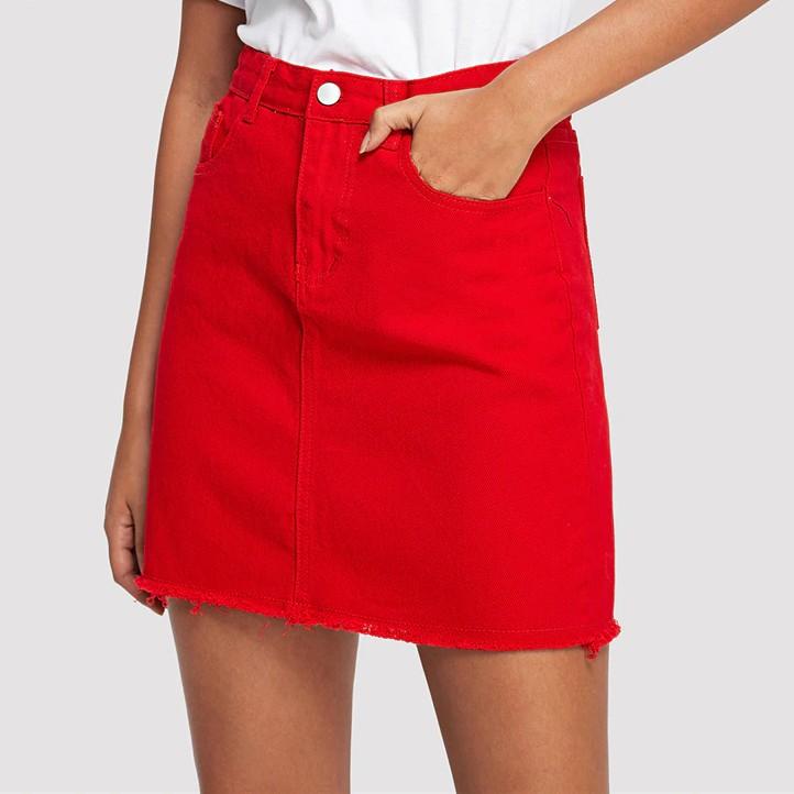 908f6defc16a3b Jupe Queen en jeans rouge