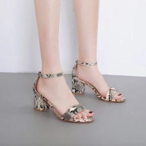 Spécialiste Femme De Le Mode En Site Ligne Chaussures Buzzao La nOk80wP