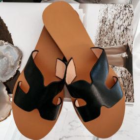 sandales-plates-noires