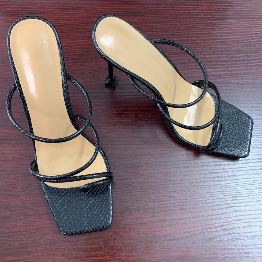 Femmes sandales serpent imprimé à bretelles mule talons sandales pantoufles femmes talons hauts tongs bout carré diapositives chaussures de fête femme