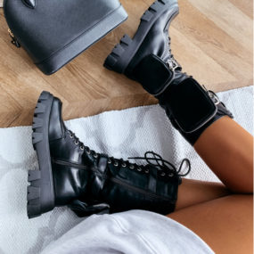 Bottes-noires-à-lacets-détails-poches-Kimmy_2