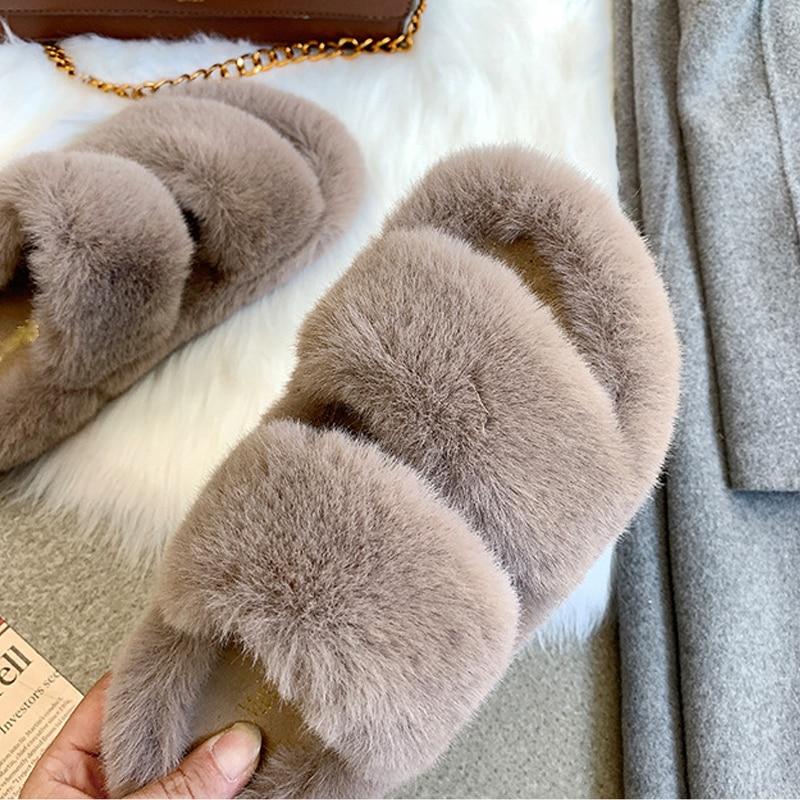 [GOGD] femmes pantoufles furry moelleux chaussures plates ménage pantoufles femmes 2020 nouveau été mode tout autour respirant chaussures