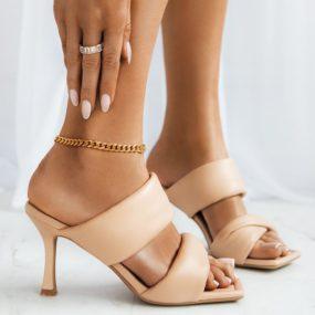 Mules-beiges-à-double-brides-épaisses-Cayla_6